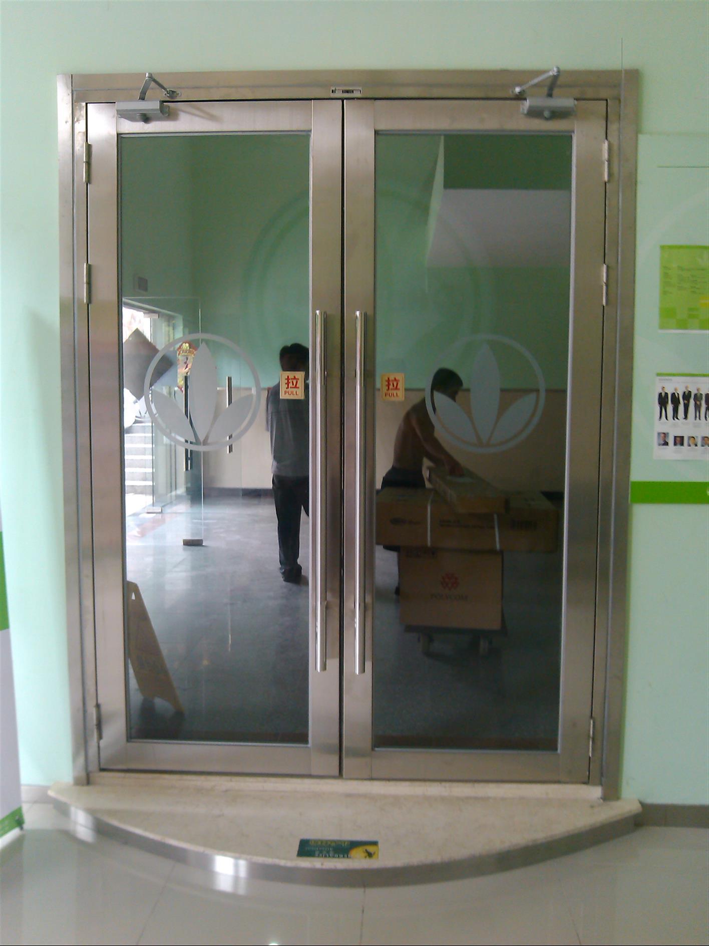 新疆防火玻璃门
