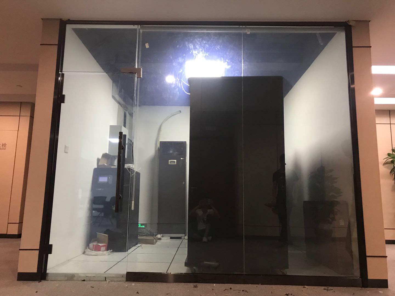 机房调光玻璃