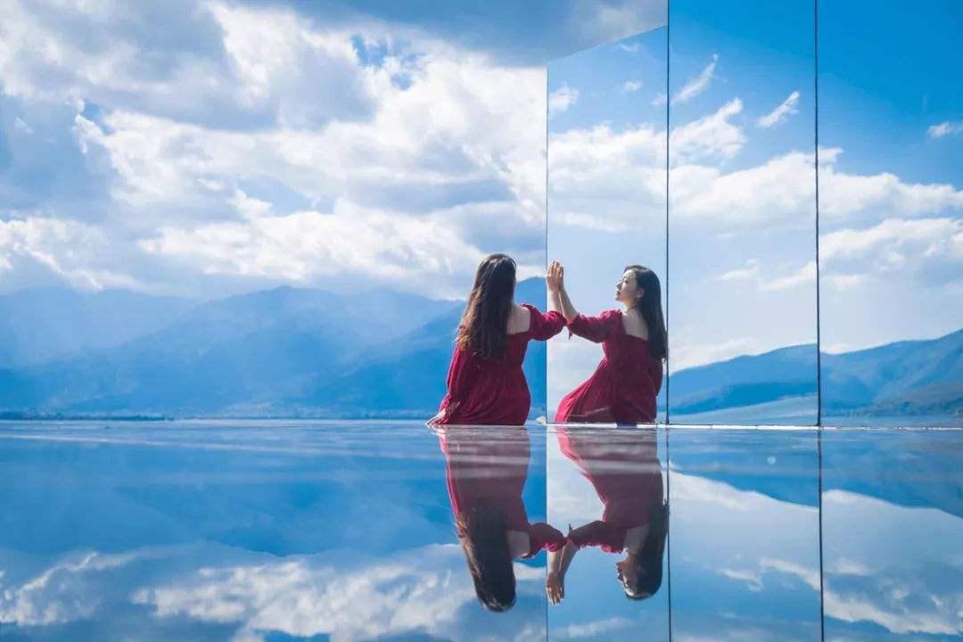 福建单向透视玻璃,福建天空之镜厂家