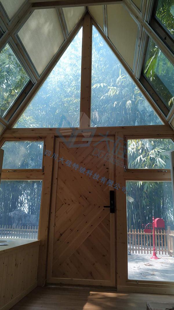 调光玻璃光合小屋
