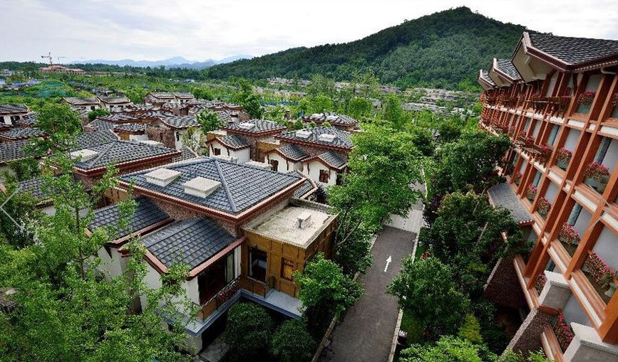 青城山居2期业态区域装饰工程隔热防火门项