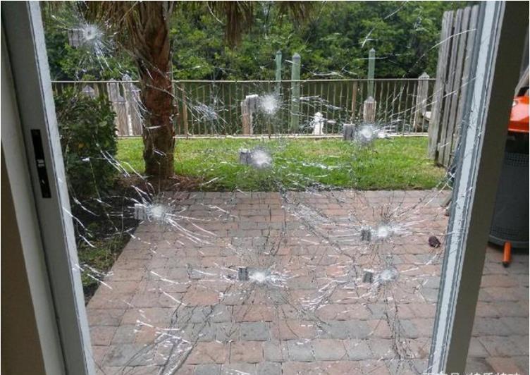 防弹玻璃门