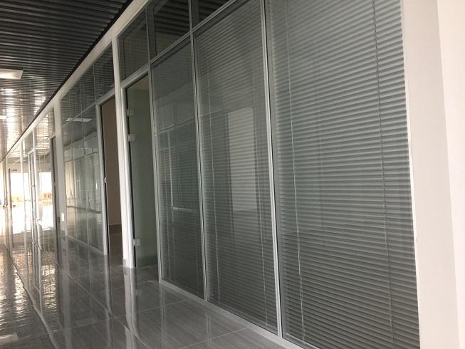 四川百叶玻璃,四川百叶玻璃隔断,四川百叶玻璃隔断厂家,成都叶玻璃隔断厂家